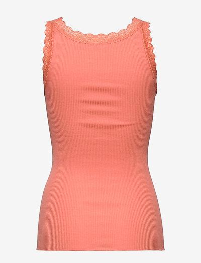 Soyaconcept Sc-sarona- T-shirts & Tops Peach