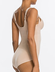 Spanx - Oncore Open-Bust Panty Bodysuit - toppe - soft nude - 3