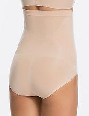 Spanx - H WAIST BRIEF - bottoms - soft nude - 6