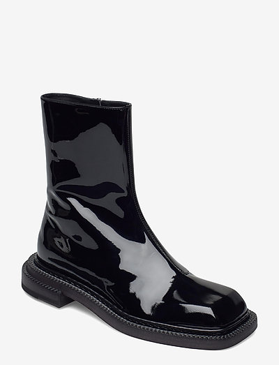 AIELLO - flat ankle boots - black