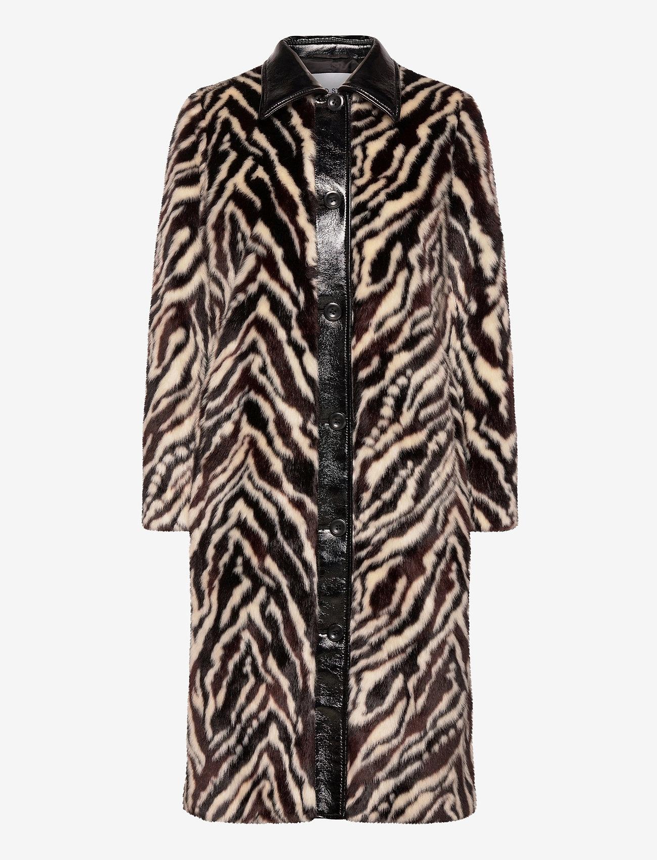 Stand Studio - Aurora Coat - faux fur - black/white - 1