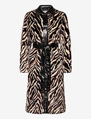 Stand Studio - Aurora Coat - faux fur - black/white - 0