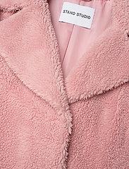 Stand Studio - Camille Cocoon Coat - sztuczne futro - light pink - 3