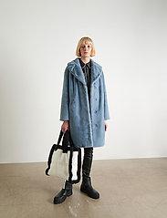 Stand Studio - Camille Cocoon Coat - sztuczne futro - steel blue - 0