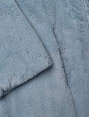 Stand Studio - Camille Cocoon Coat - sztuczne futro - steel blue - 5