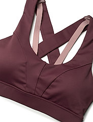 Stay In Place - Energy Sports Bra - sort bras:high - plum pout - 4