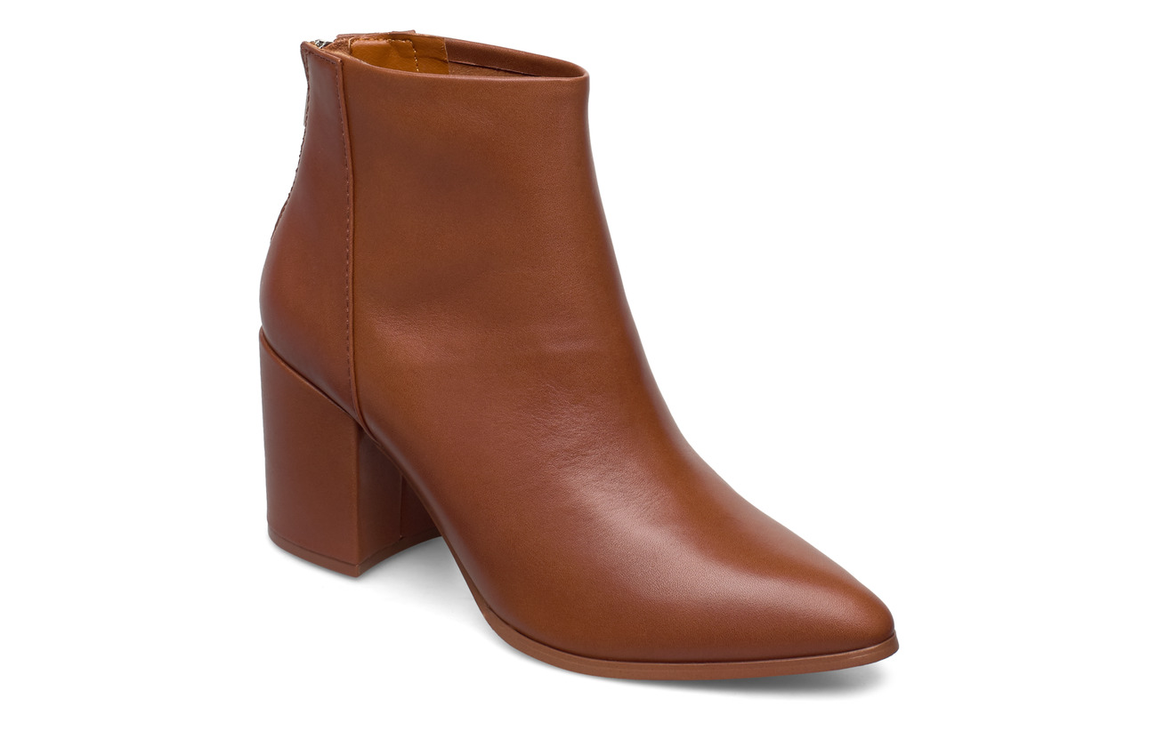 Steve Madden Jillian Bootie (leather) - COGNAC LEATHER