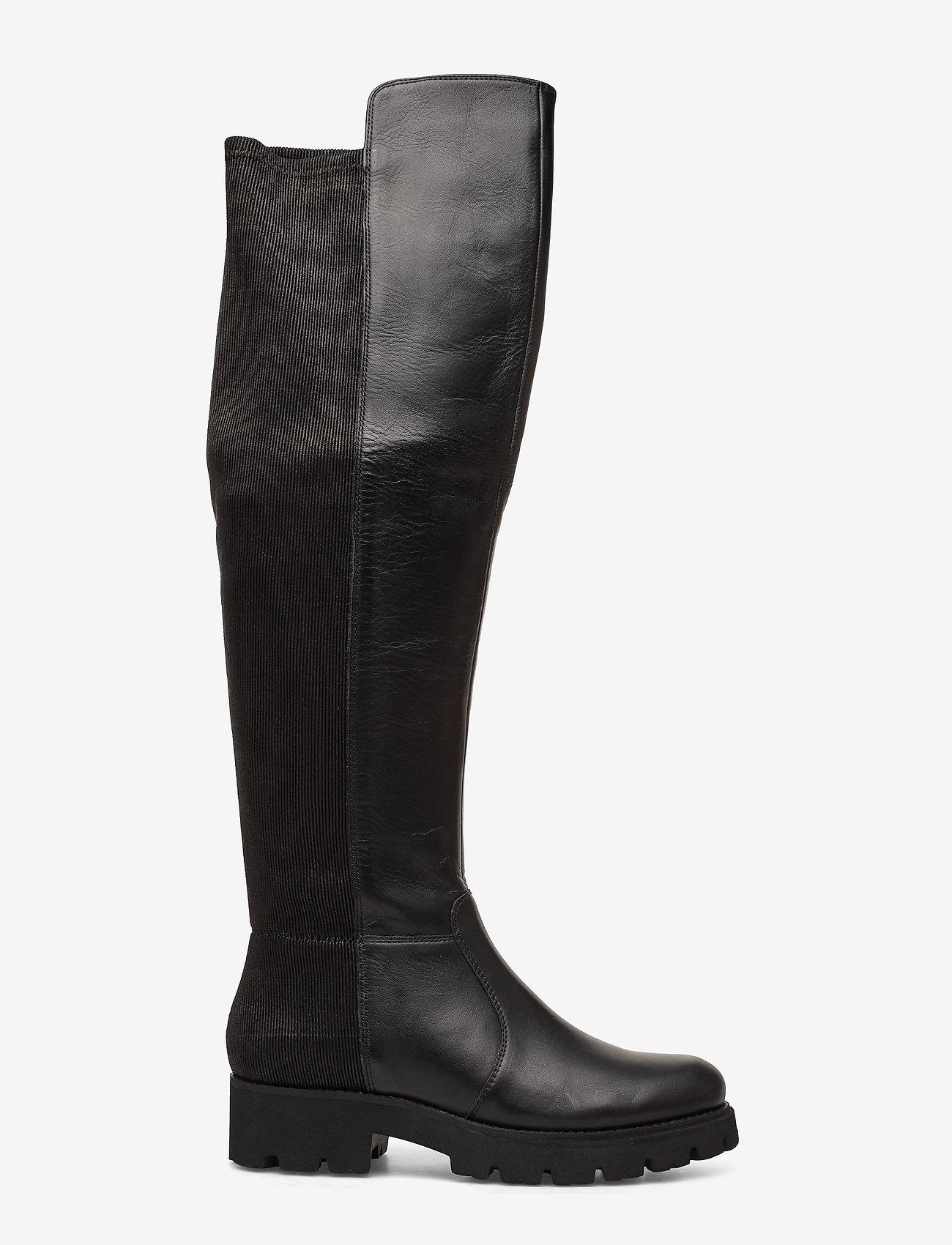Hilly Boot (Black Leather) (1079.40 kr) Steve Madden