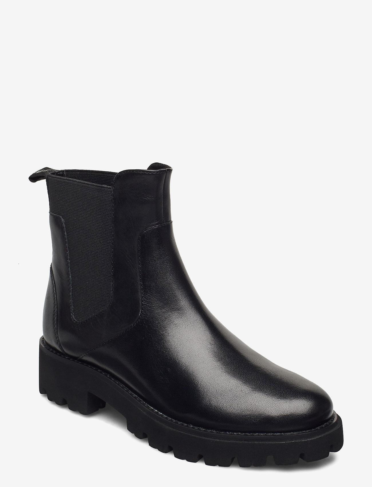 Steve Madden - Gracey - platte enkellaarsjes - black leather - 0