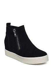 Wedgie Sneaker - BLACK SUEDE