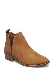 Dante Ankle Boot - CAMEL NUBUCK