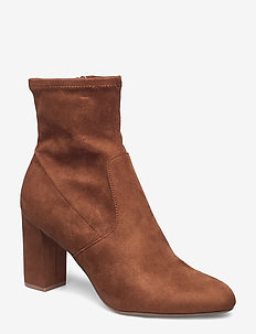 Avenue Ankle Boot - BROWN