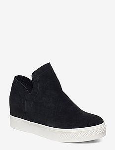 Wrangle Sneaker - BLACK SUEDE