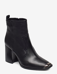 Enzo Bootie - BLACK LEATHER