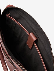 Still Nordic - Tommy Brief 1 Room - briefcases - brown - 3