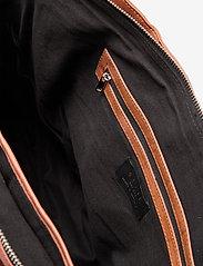 Still Nordic - Anouk Work Bag - viikonloppulaukut - vintage cognac - 3