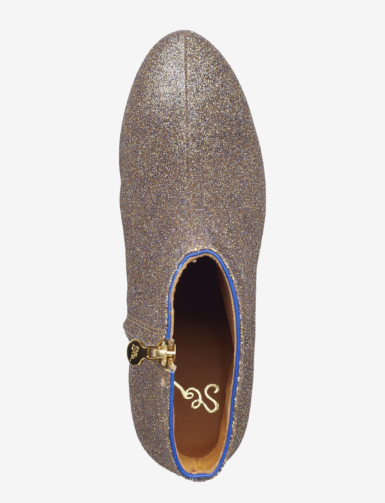 Kansas, 455 Glitter Shoes (Violeta Glitter) - STINE GOYA