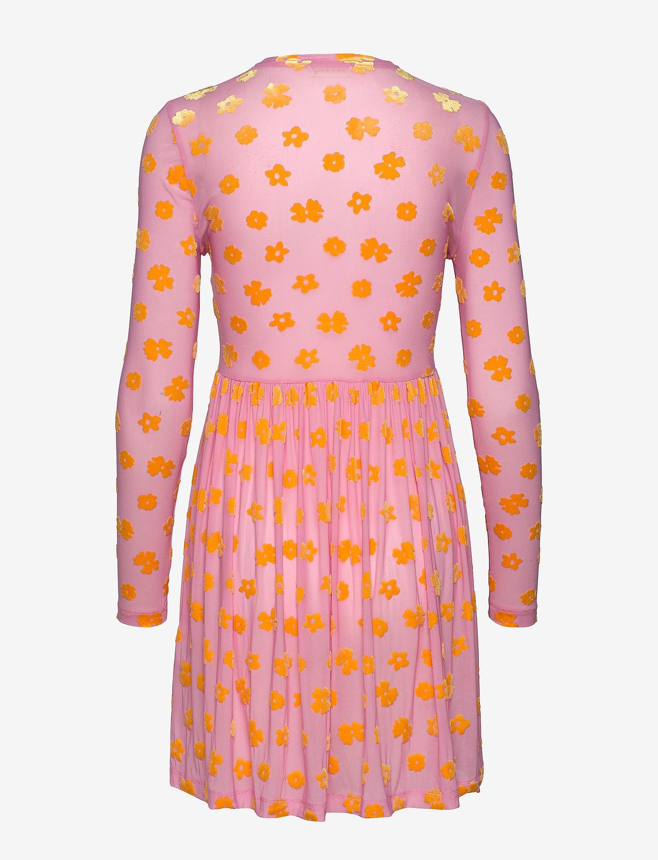 STINE GOYA - Juliana, 773 Velvet Devore - festkjoler - daisy pink - 1
