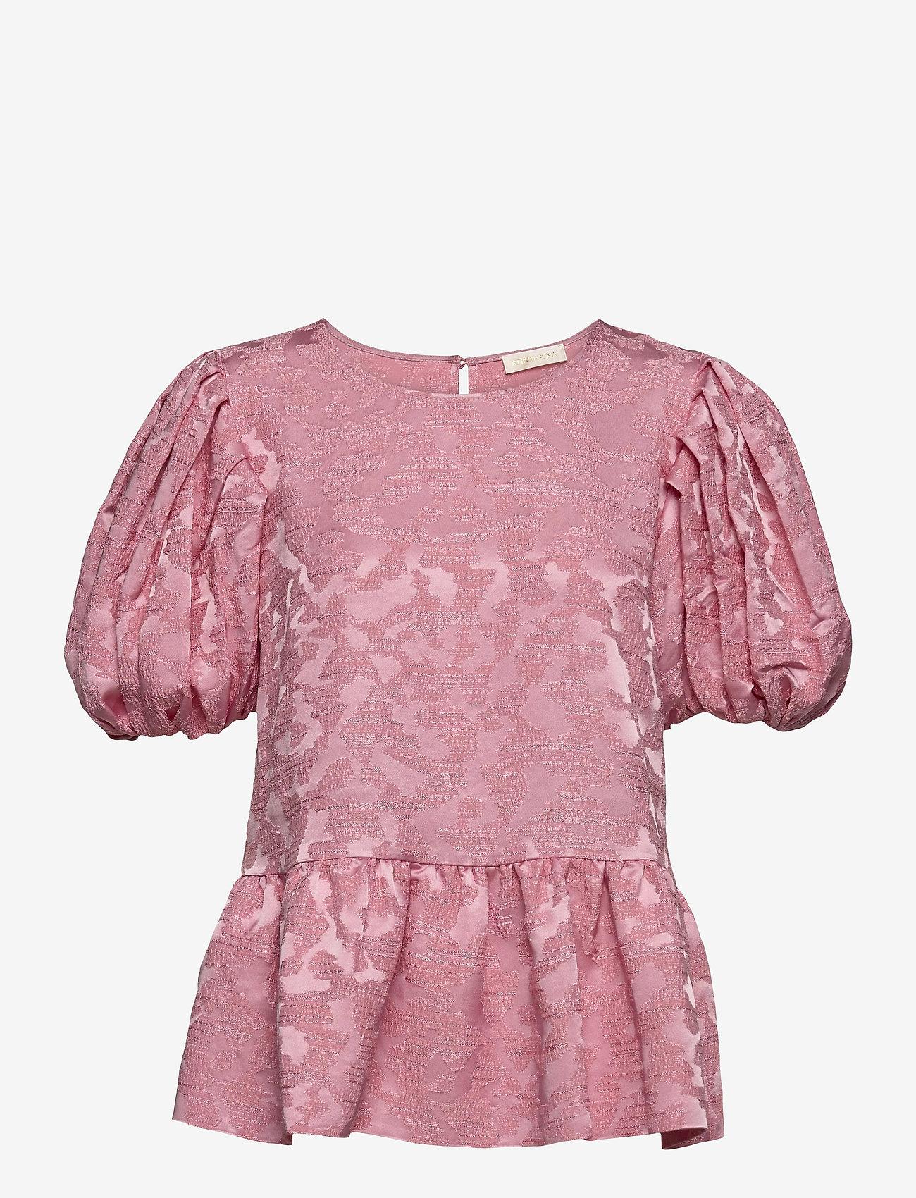 STINE GOYA - Miren, 1140 Distortion Jacquard - kortärmade blusar - distortion pink - 1
