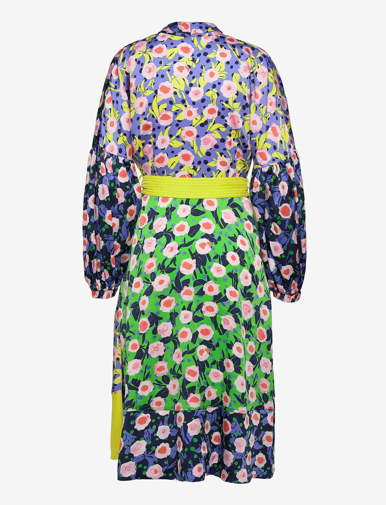 STINE GOYA - Karla, 1169 Textured Poly - sommerkjoler - flowermarket mix - 1