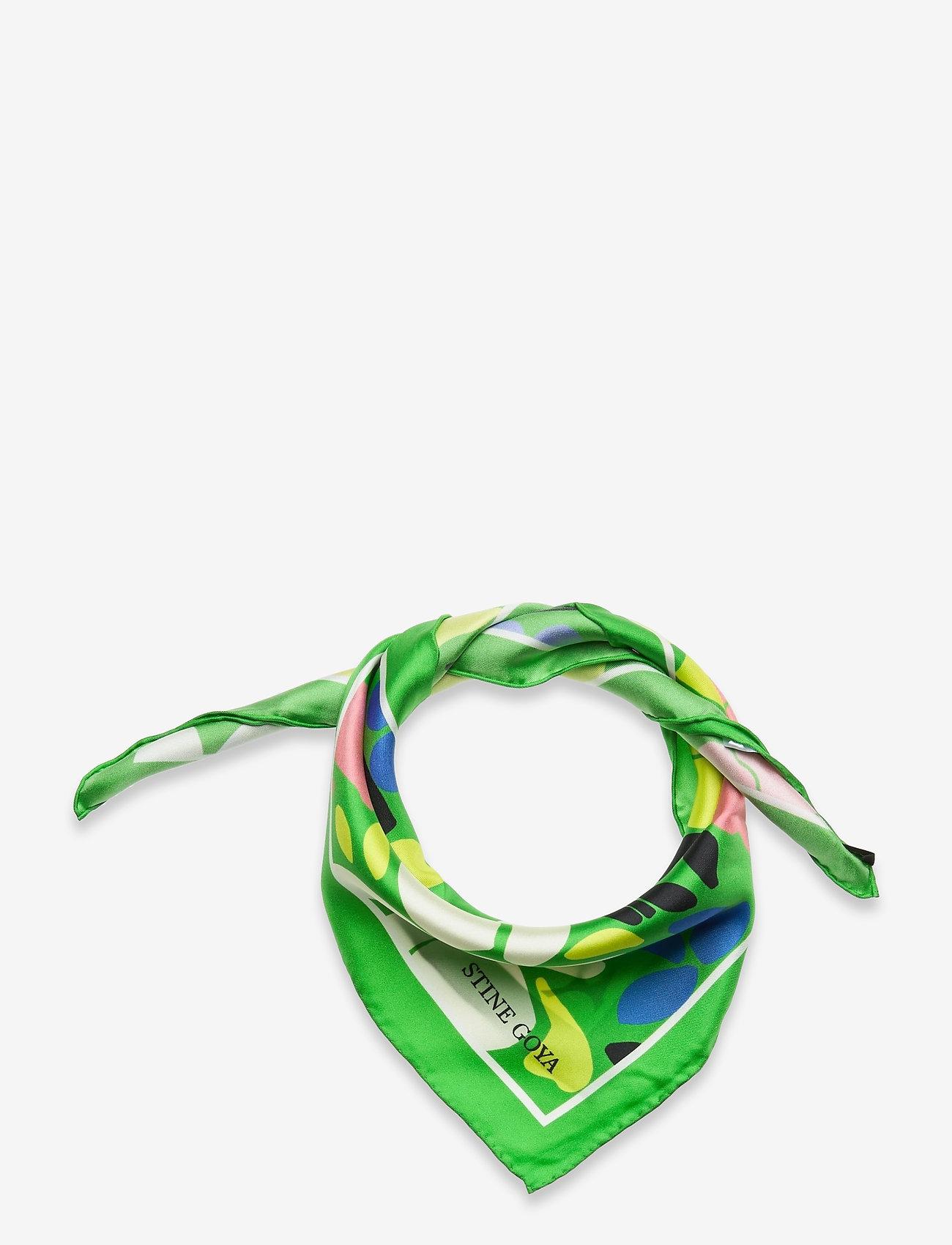 STINE GOYA - Yumma, 1198 Silk Scarves - accessoarer - banana leaf - 0