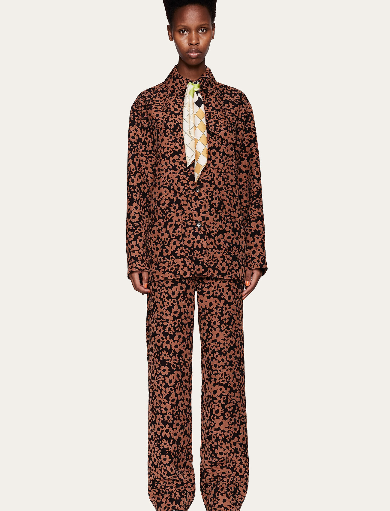 STINE GOYA - Silvi, 1033 Stretch Jacquard - långärmade skjortor - daisy - 0