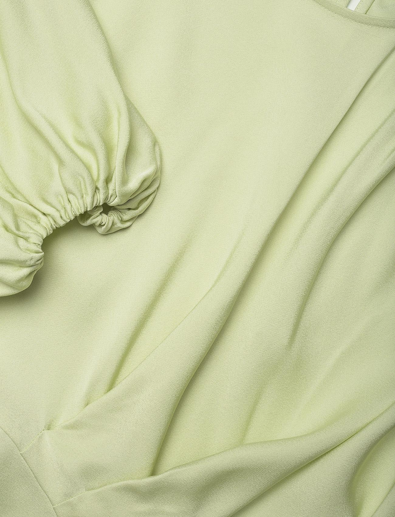 STINE GOYA - Cora, 1110 Viscose Twill - kortærmede bluser - fog green - 3