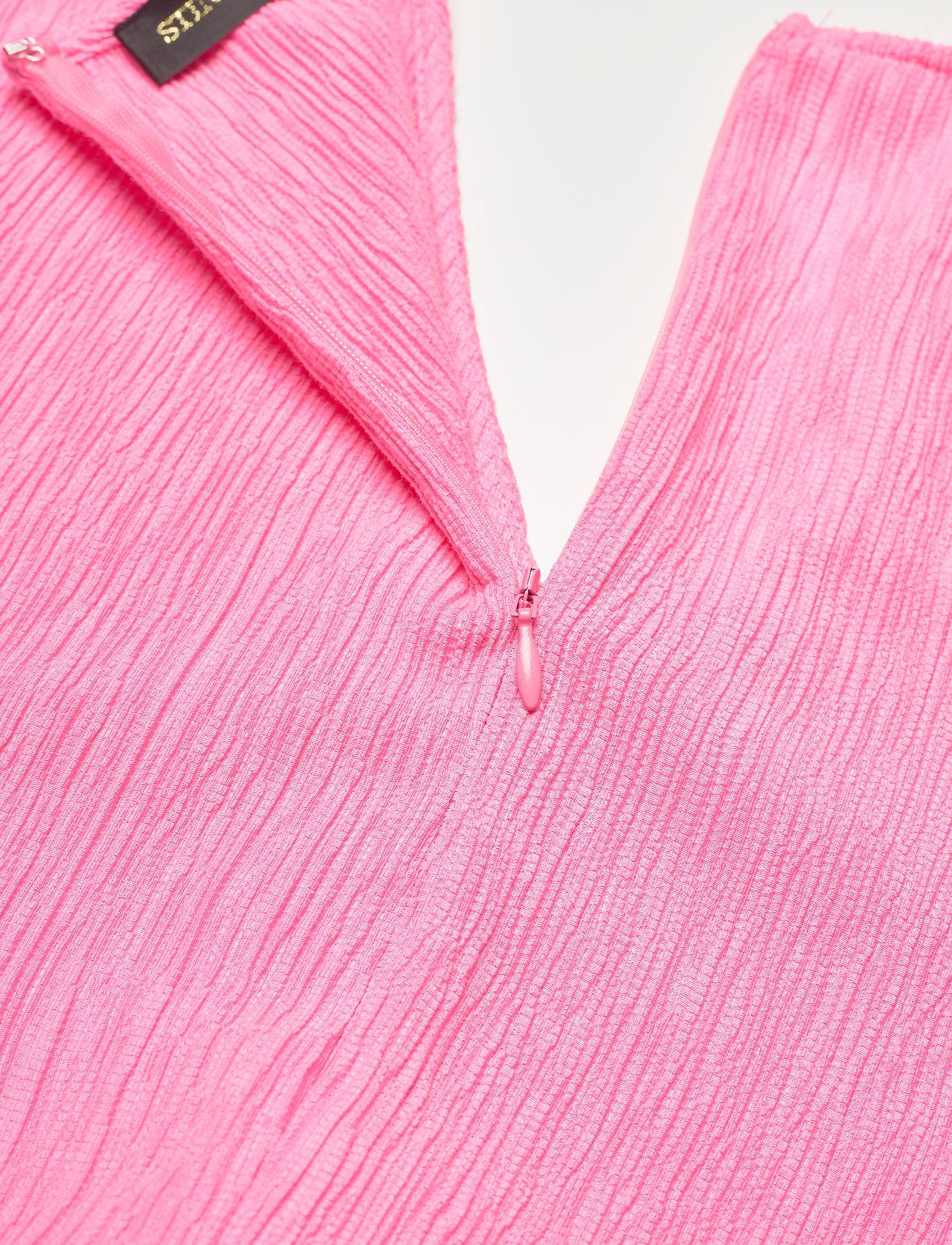 STINE GOYA - Rosen, 1213 Crinkled Tencel - sommerkjoler - pink - 4