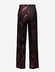 STINE GOYA - Sonia, 389 Collage Tailored - leveälahkeiset housut - collage rust - 1