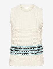 Yarrow, 1056 Tweed Knitwear