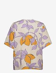 STINE GOYA - Katalina, 1083 Allover Tee - t-shirts - lemons - 1