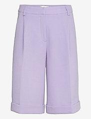 STINE GOYA - Estella, 1113 Iris Tailoring - bermudashorts - lilac - 1