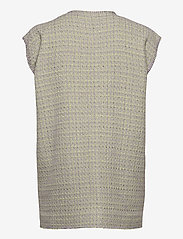 STINE GOYA - Leona, 1120 Boucle - knitted vests - lilac - 1
