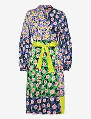 STINE GOYA - Karla, 1169 Textured Poly - sommerkjoler - flowermarket mix - 0