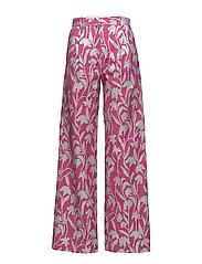 Sonia, 348 Carnation Suiting - CARNATION FUCHSIA