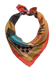 Tilda, 450 Silk Scarves - STILL LIFE