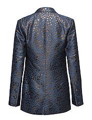 Florence, 438 Lilas Tailoring