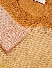 Sana, 550 Wide Gauge Knit
