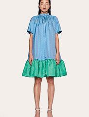 STINE GOYA - Wendy, 870 Green Blue Dots - midiklänningar - blue green - 0