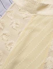 STINE GOYA - Maribelle, 845 Chiffon Mix - midi kjolar - daffodil - 2