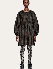 STINE GOYA - Kelly, 1034 Textured Poly - hverdagskjoler - meadow flock - 0