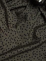STINE GOYA - Philipa, 1034 Textured Poly - långärmade blusar - meadow flock - 4