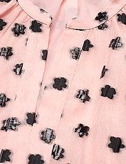 STINE GOYA - Ivana, 1012 Meadow Organza - korte kjoler - meadow blush - 4