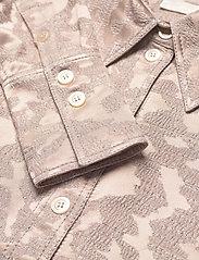 STINE GOYA - James, 1099 Viscose Jacquard - langærmede skjorter - distortion - 2