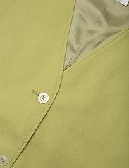 STINE GOYA - Hilma, 1114 Pistachio Tailoring - puffer vests - pistachio - 3