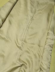 STINE GOYA - Hilma, 1114 Pistachio Tailoring - puffer vests - pistachio - 4