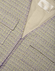 STINE GOYA - Leona, 1120 Boucle - knitted vests - lilac - 2