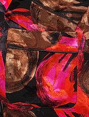 STINE GOYA - Tjasa, 1167 Pajama Jacquard - langærmede bluser - opium brown - 3