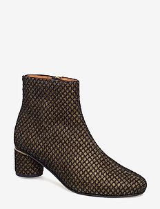 Kansas, 495 Glitter Grid Shoes - GOLD GRID