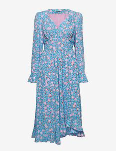 2b87c59a9a5f Knälånga & midi klänningar | Stort utbud av nya styles | Boozt.com